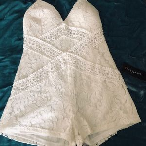 White lace romper, never worn, size large